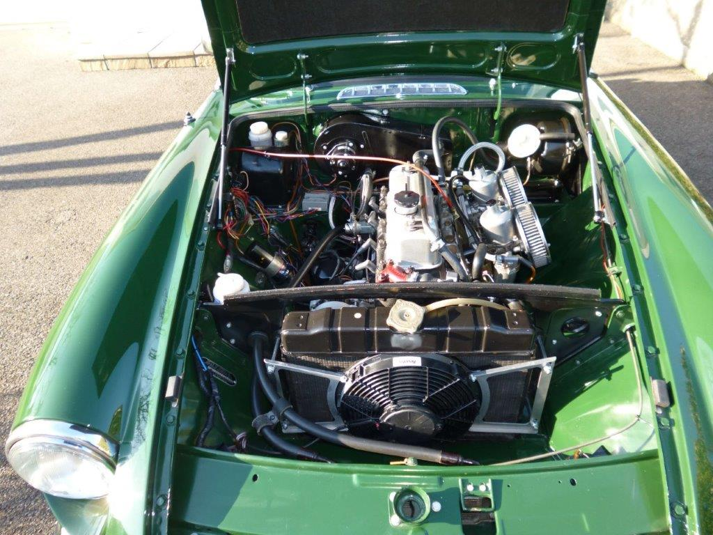MGB Roadster engine bay